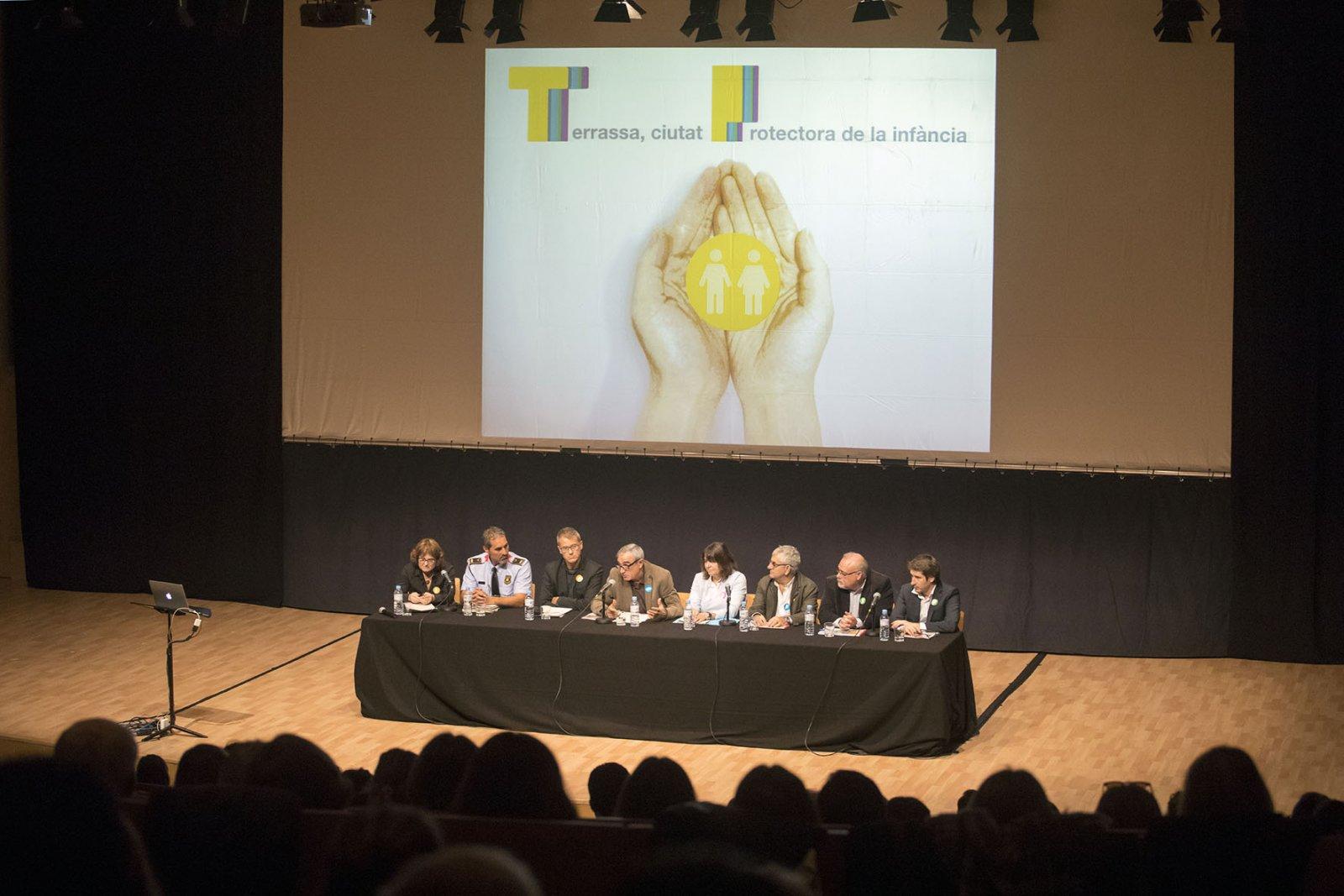 Terrassa, primera ciutat de Catalunya a aplicar un protocol d'intervenció en maltractaments a la infància amb tots els actors implicats