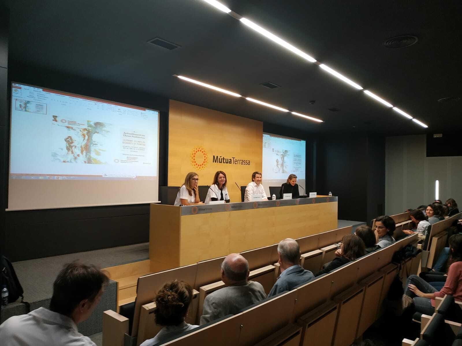 Taula d'inauguració amb Dra. Alicia Mirada, Dra. Marta Garcia, Dr. Roger Garcia i Dra. Rosa Puigarnau