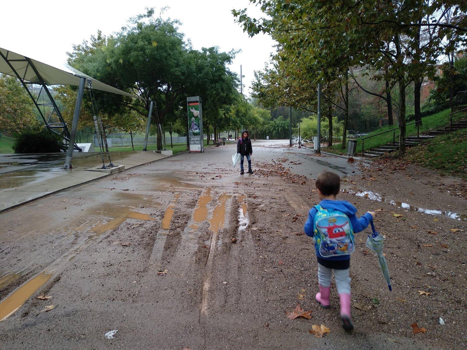 El parc de Vallparadís, un fangar