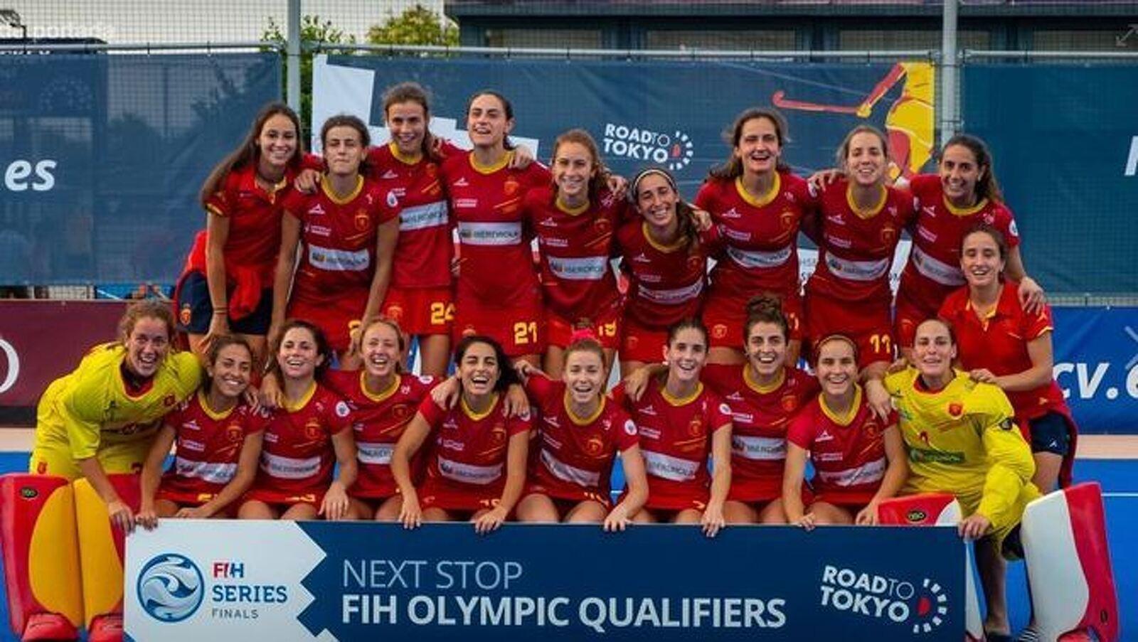 La selecció espanyola femenina d'hoquei herba, amb un gran nombre de jugadores terrassenques