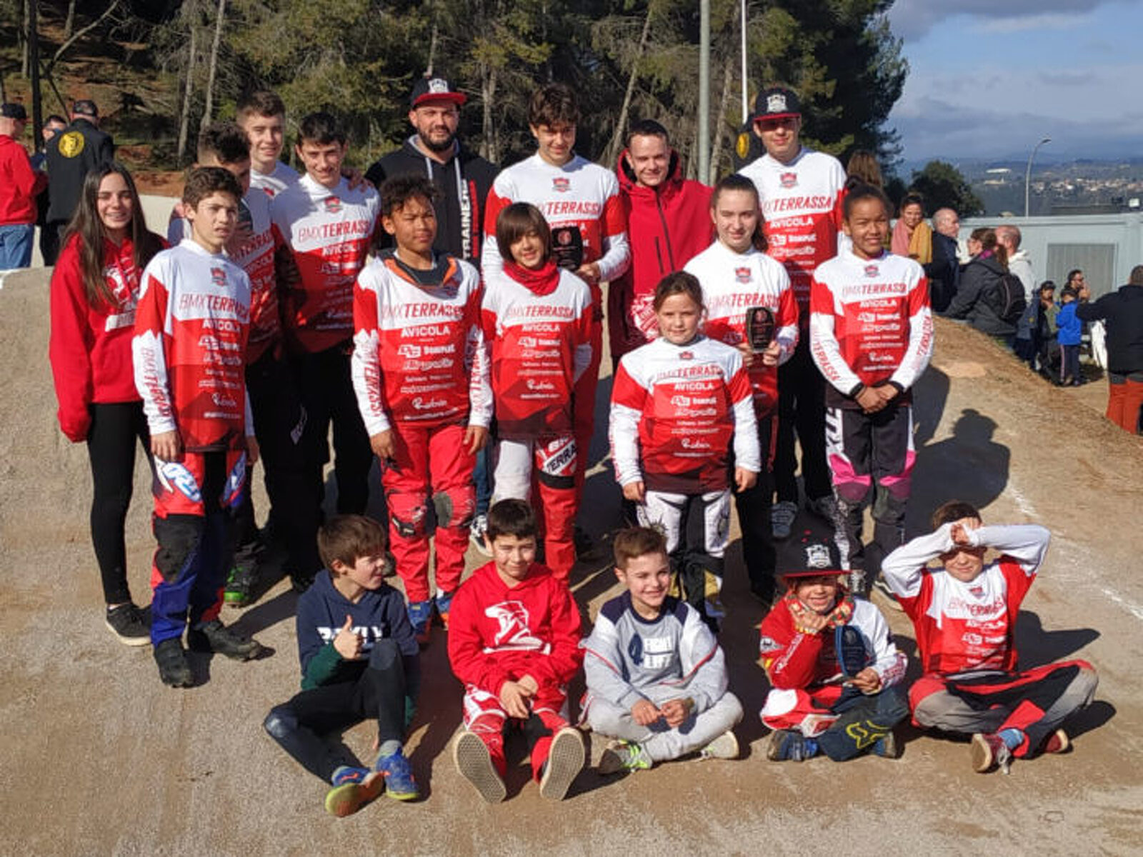Corredors del BMX Terrassa a la primera cursa de la Lliga Catalana