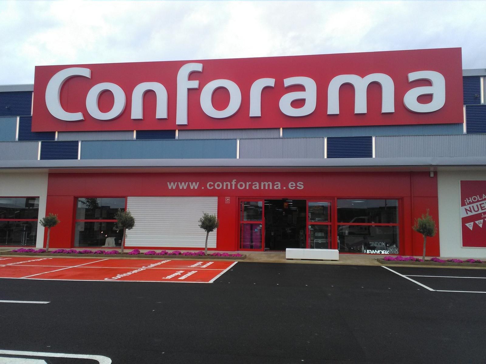 Conforama obre nova botiga a Terrassa