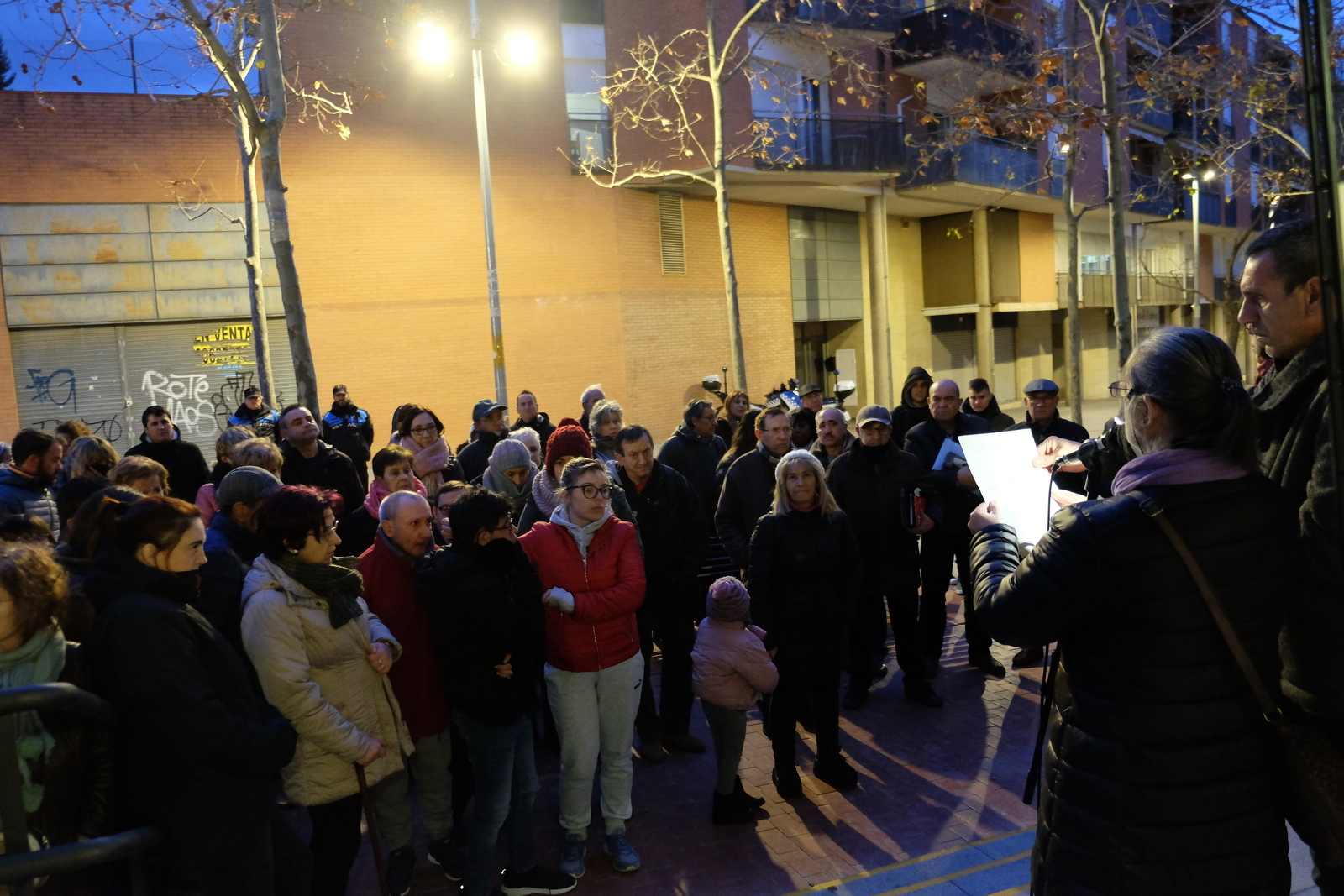 Lectura del manifest al centre cívic Avel·lí Estrenjer