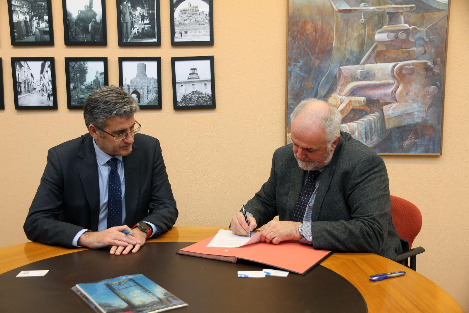 Signatura entre mNACTEC i del Banc de Sabadell pel rellotge d'aigua
