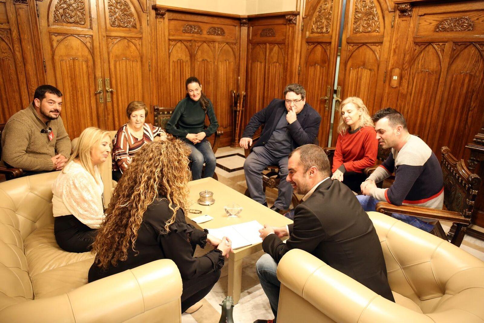 L'alcalde Ballart es reuneix amb La Borriquita