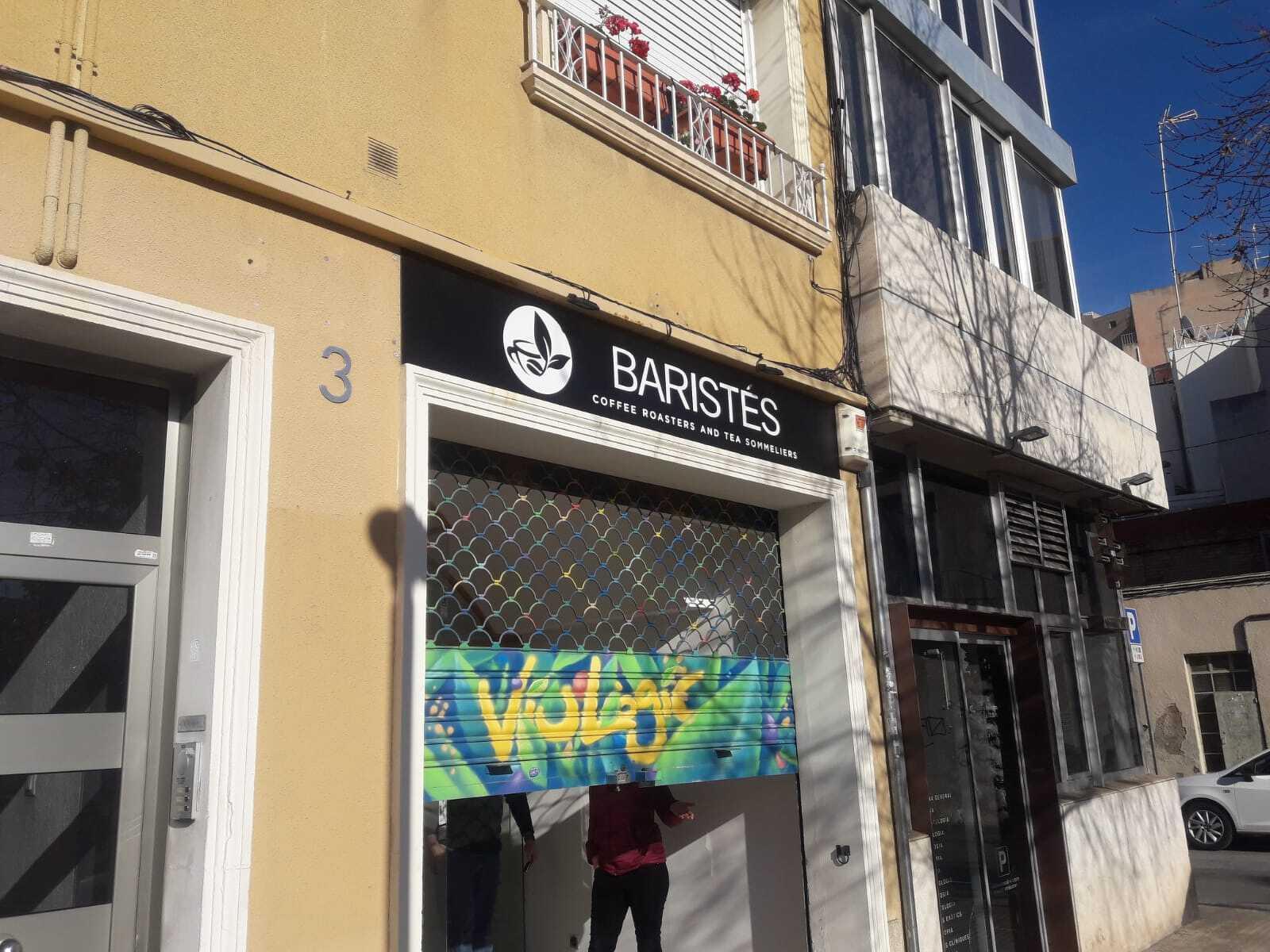 Nou establiment a la plaça Progrés