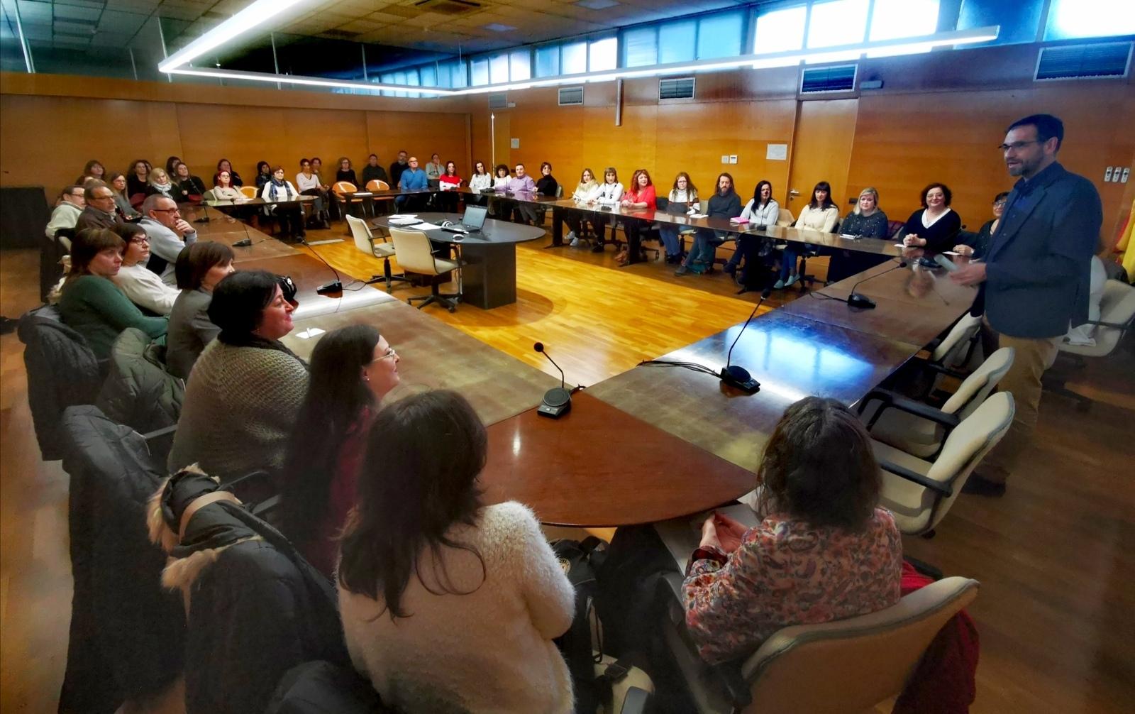 Sessió de presentació amb el president del Consell, Ignasi Giménez