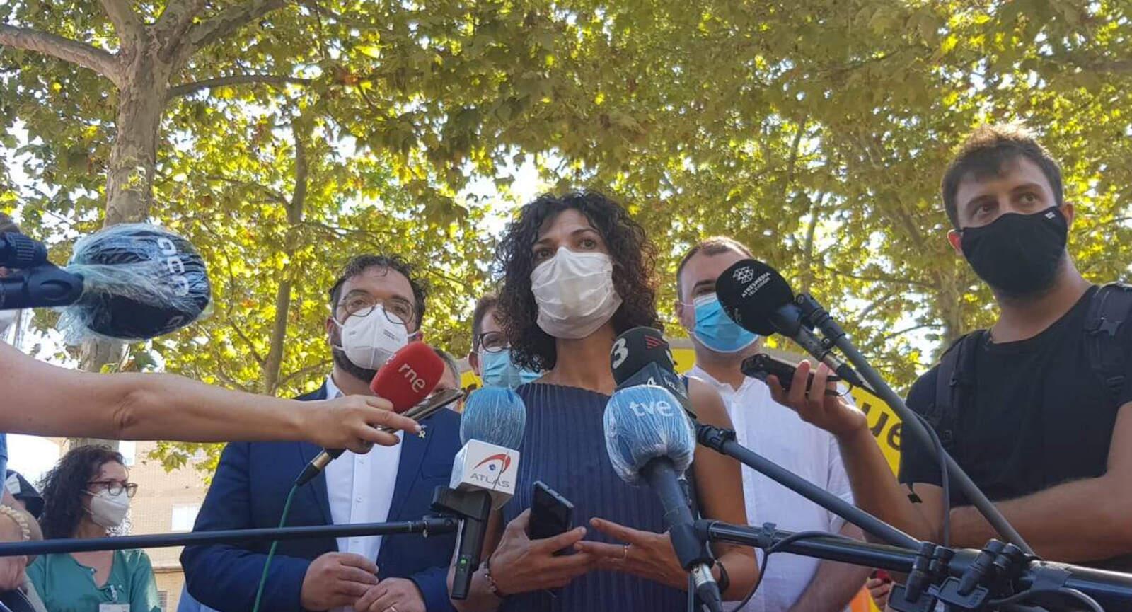 La gerent de la Regió Sanitària de Barcelona, Anna Aran, en l'inici dels testos massius a Terrassa