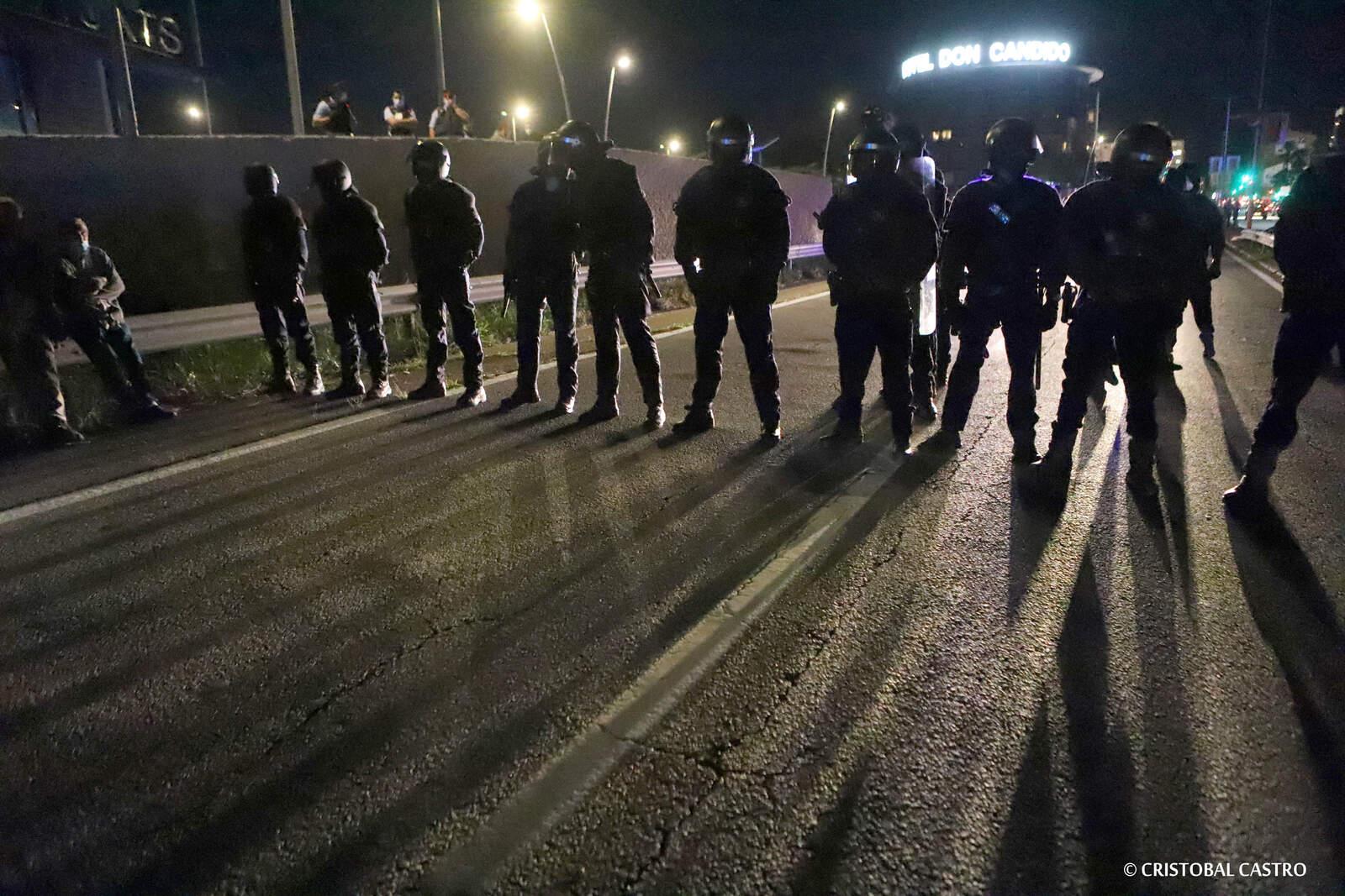 La Brimo encapsula els manifestants que tallen l'autopista quan ja marxaven