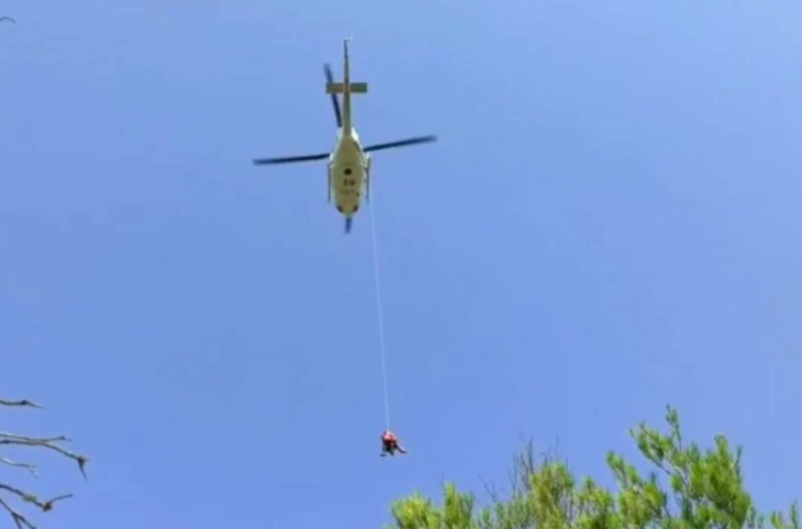 Rescat en helicòpter d'una dona ferida