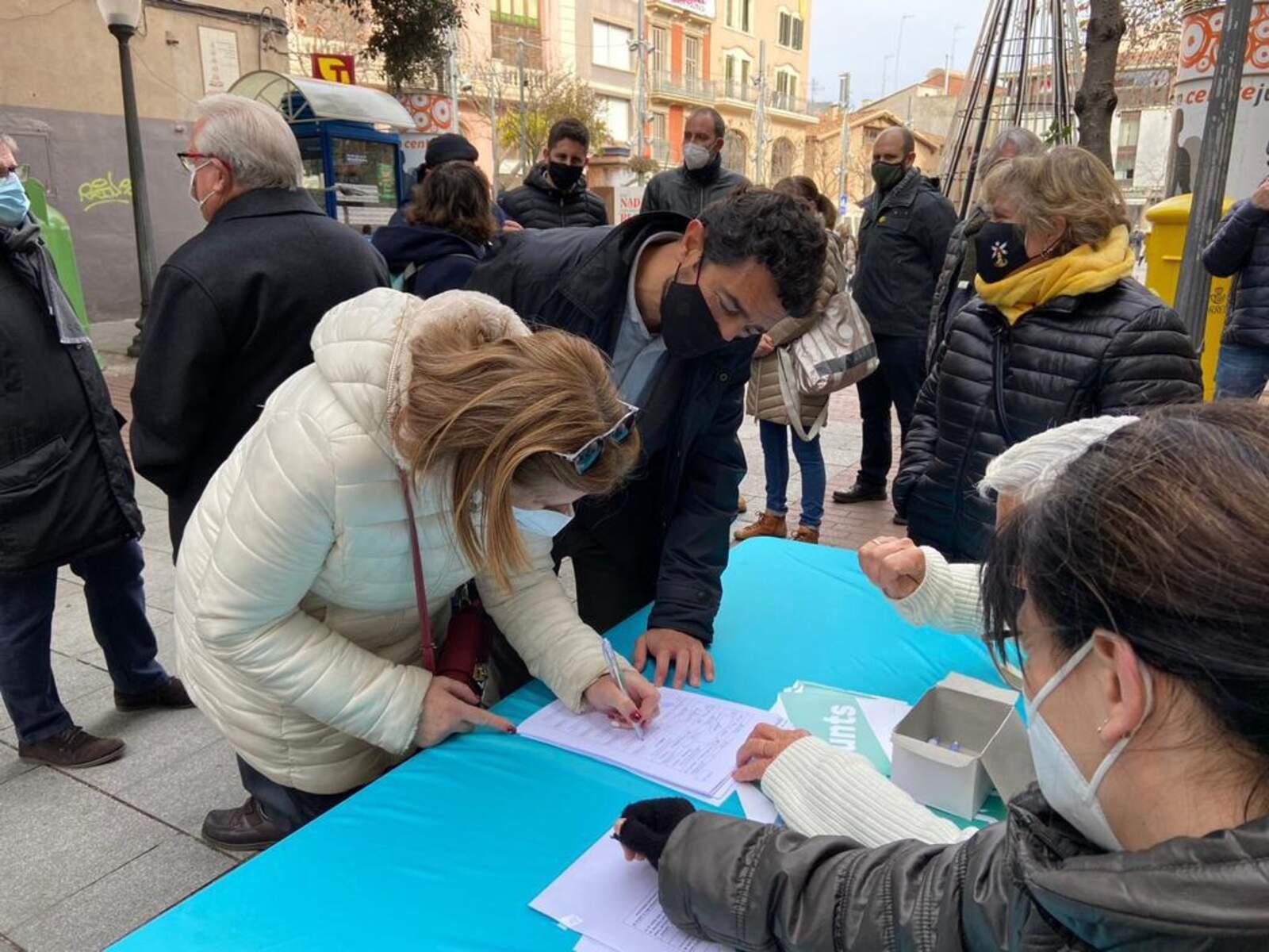 Junts per Catalunya ha iniciat aquest diumenge 27 de desembre una campanya de recollida de signatures