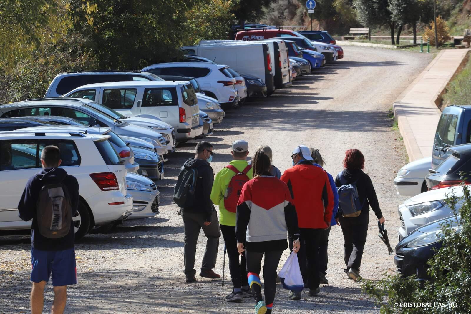 Els aparcaments del Parc Natural, plens de gom a gom