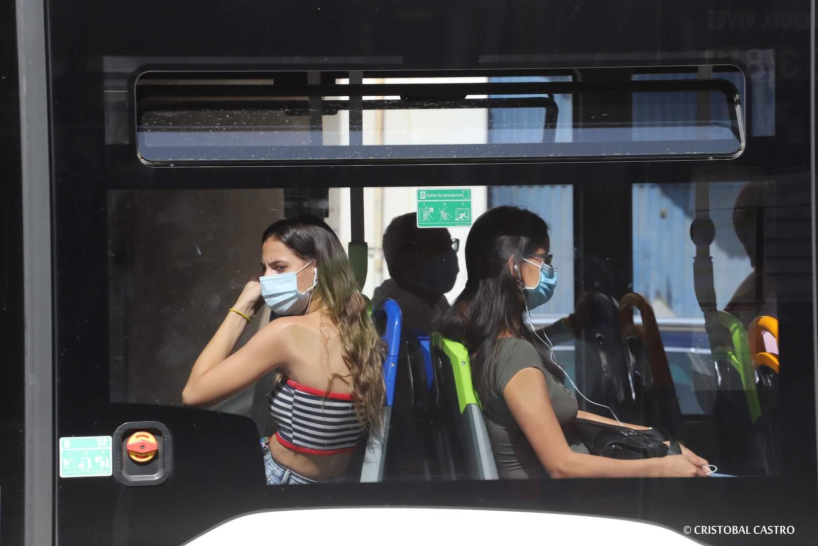 Primer dia d'ús obligatori de mascareta a Terrassa