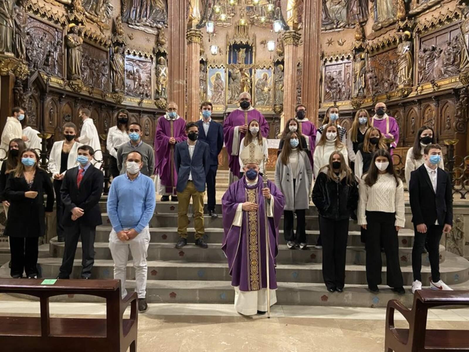 Confirmacions a la catedral del Sant Esperit