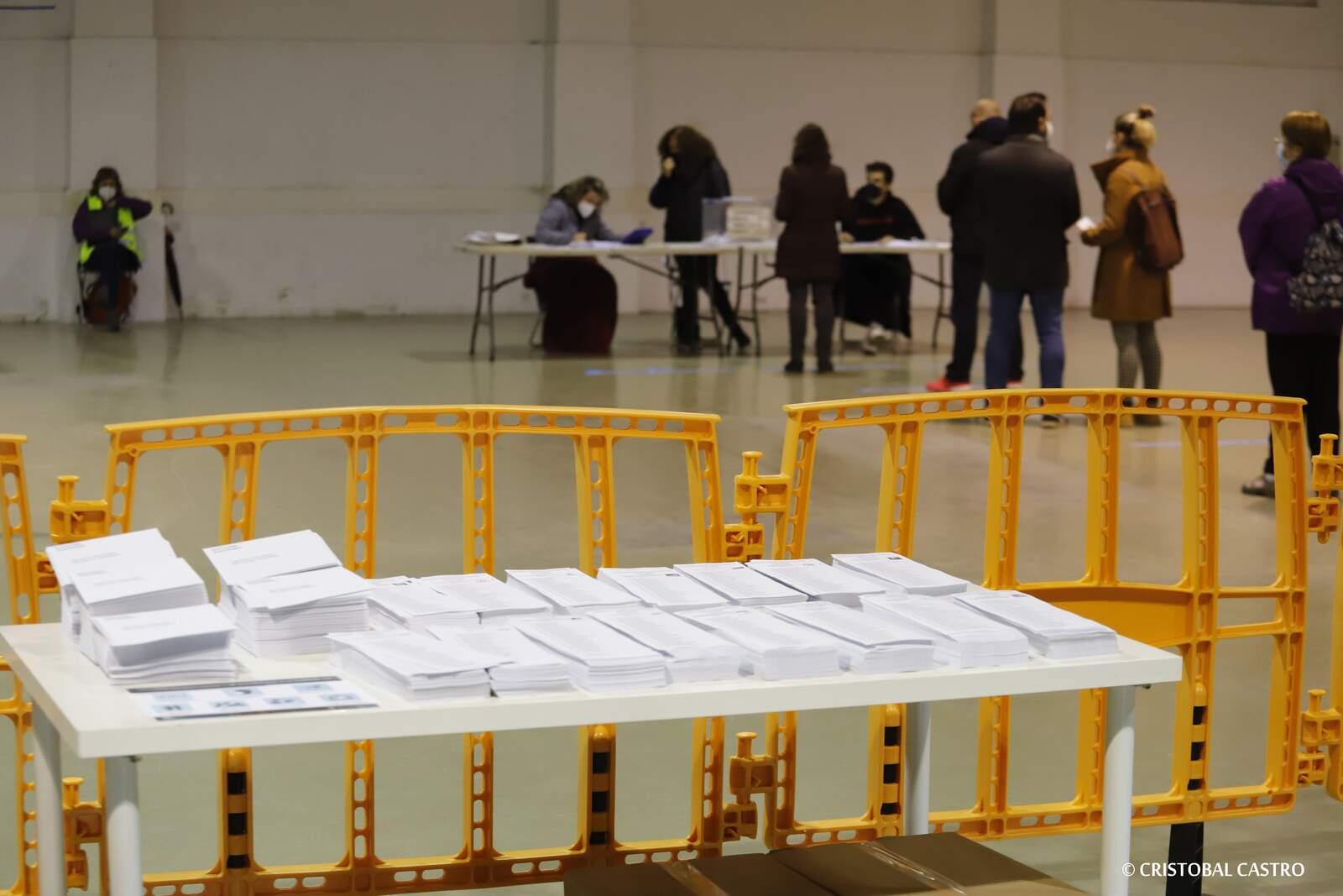 Quatre llocs emblemàtics de Terrassa reconvertits en col·legi electoral només pel 14F