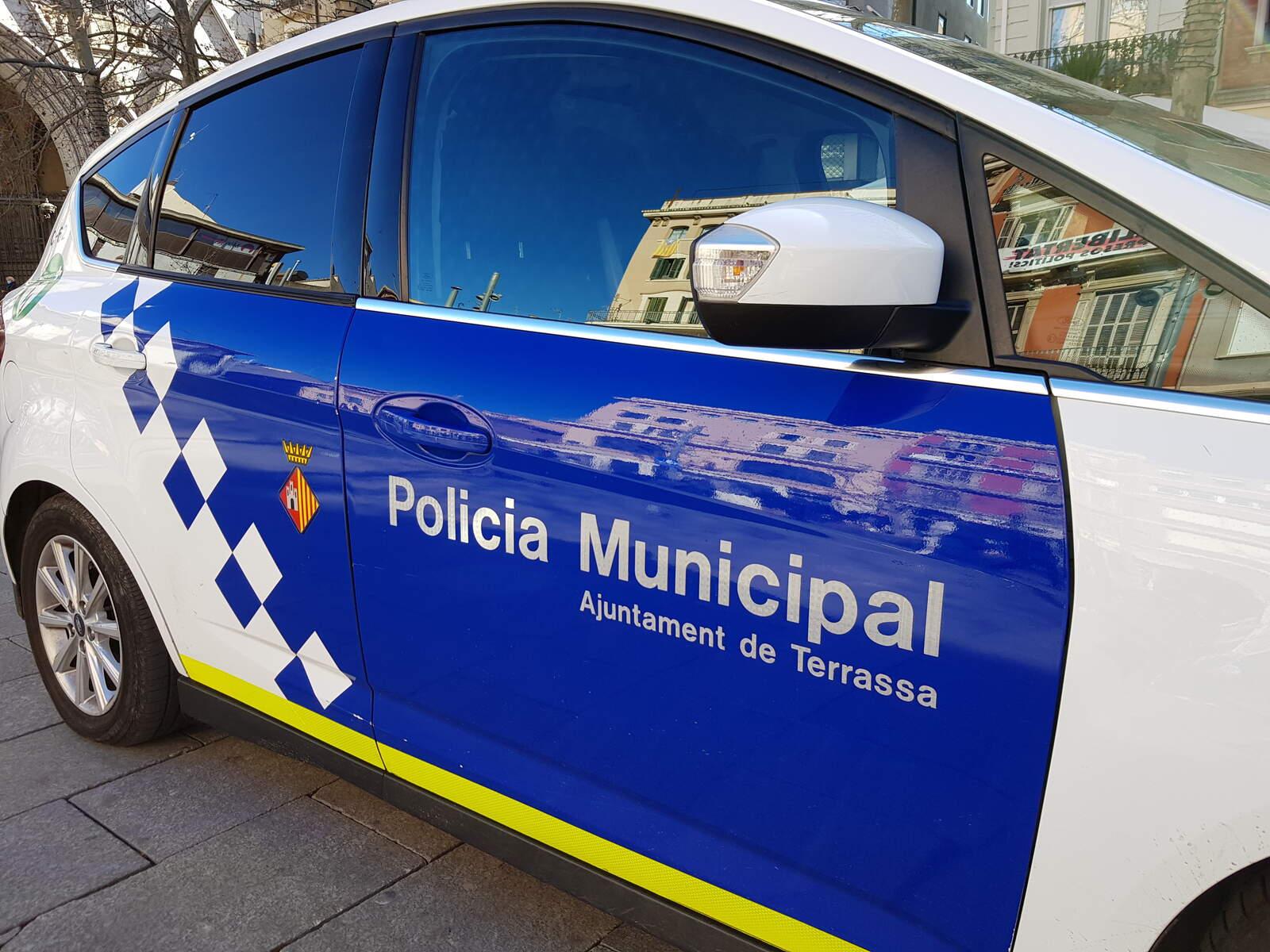 Un cotxe de la Policia Municipal de Terrassa
