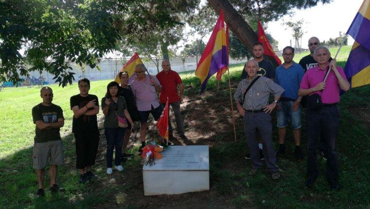 Membres de PSUC Viu en l'homenatge a Allende    PSUC Viu