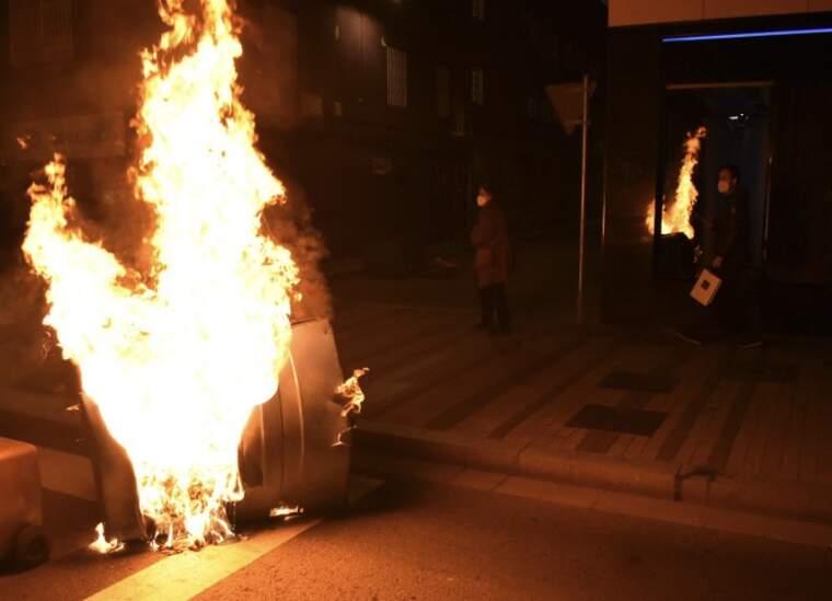 Contenidors cremats    Arnau Alcalà