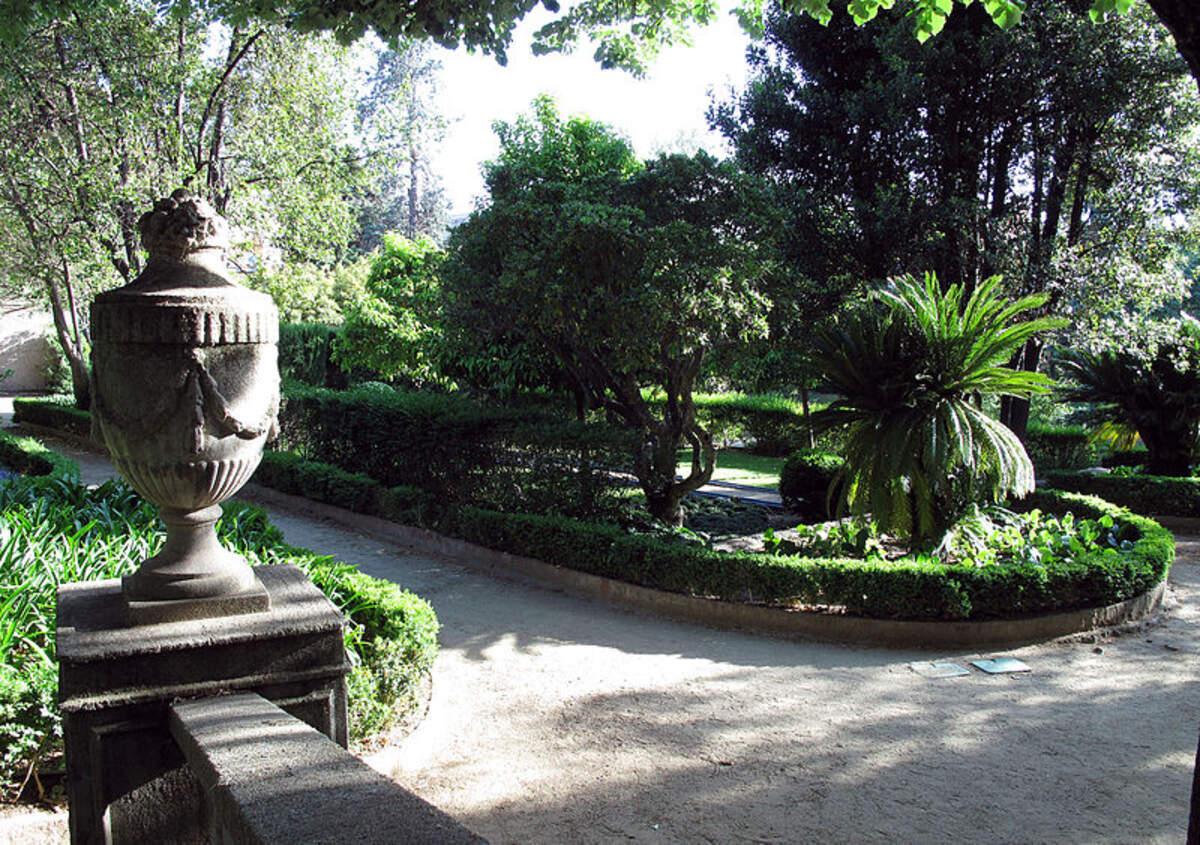 Jardins de la casa Alegre de Sagrera    Wikimedia