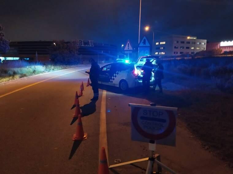 Control d'alcoholèmia a l'avinguda del Vallès    Policia Municipal de Terrassa