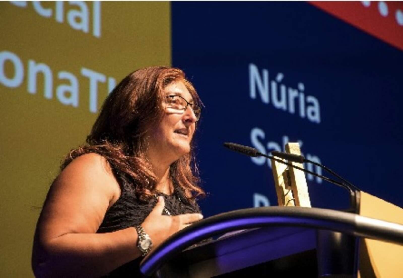 Núria Salán Ballesteros (UPC) Presidenta de la Societat Catalana de Tecnologia Membre del Comitè Organitzador del Congrés Dones, Ciència i Tecnologia WSCITECH