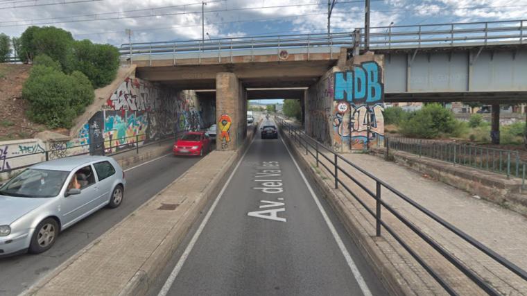 El tram de l'Avinguda del Vallès per on creua el pont de Renfe  | GM