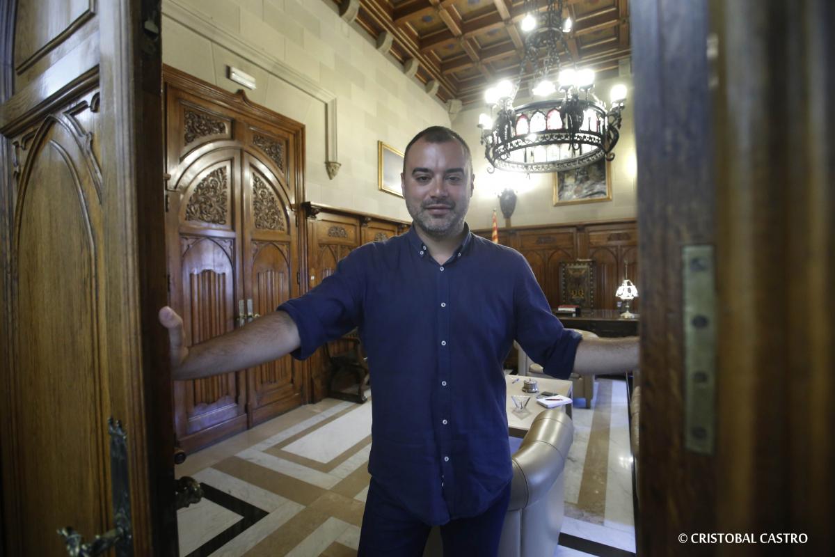 Jordi Ballart, alcalde de Terrassa, obre les portes del seu despatx  | Cristóbal Castro