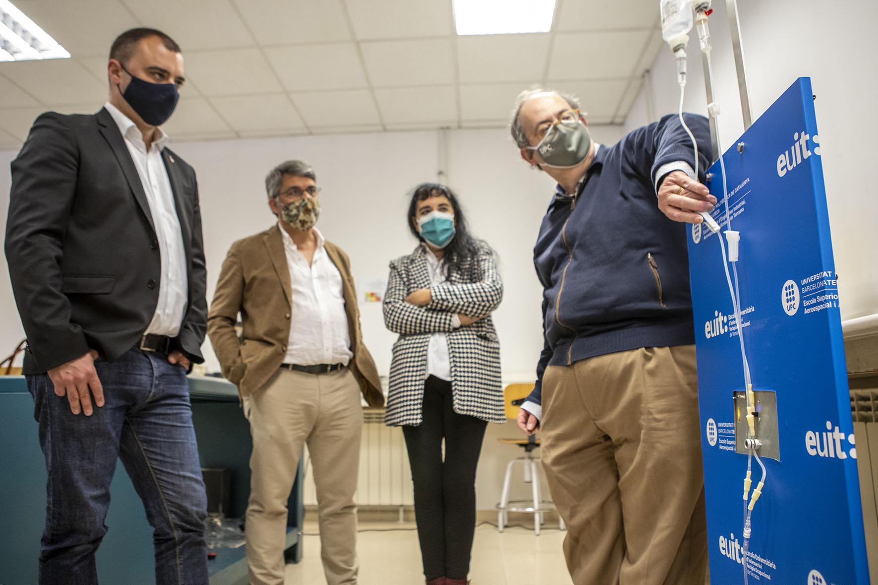 Reunió alcalde i investigadors ESEIAAT i EUIT   Rafel Casanova BCF