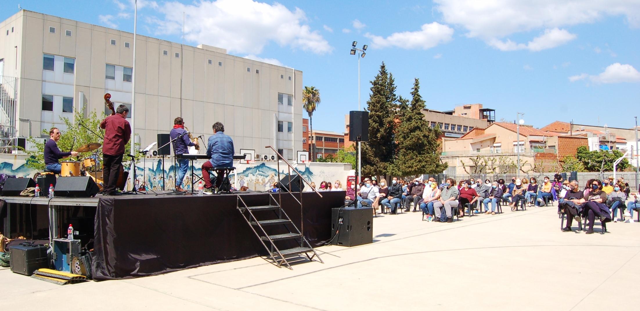 Concert a l'escola Vallès dins del cicle Jazz a prop   Ramon Navarro