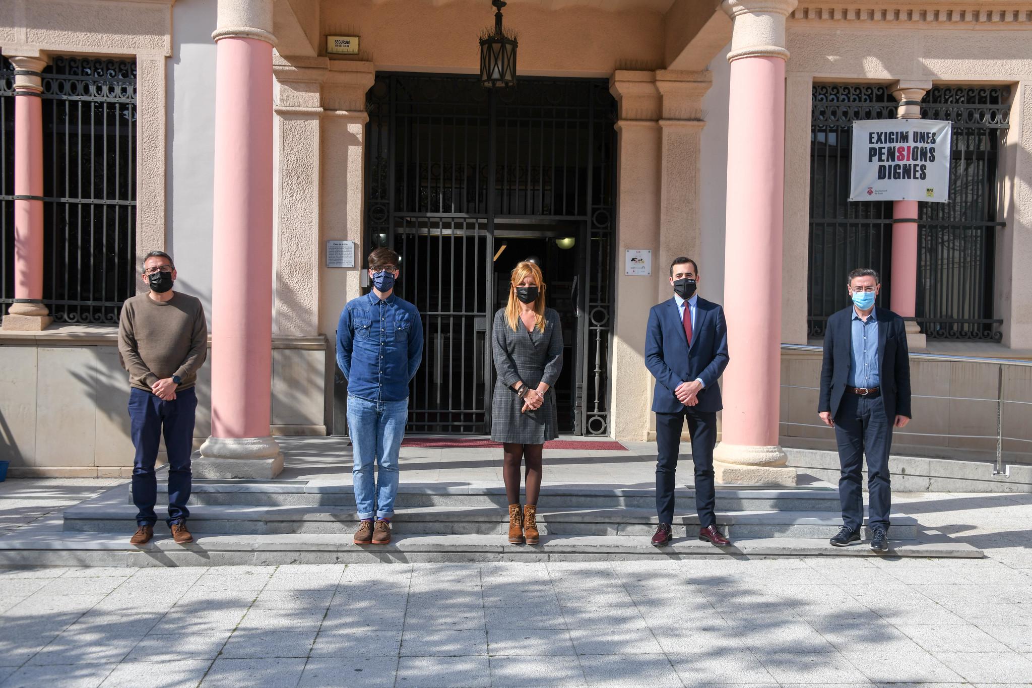 'alcaldessa de l'Ajuntament de Rubí, Ana Maria Martínez, ha rebut a les dependències de l'Alcaldia a l'actual secretari general de la patronal Cecot, Oriol Alba, i a David Garrofé