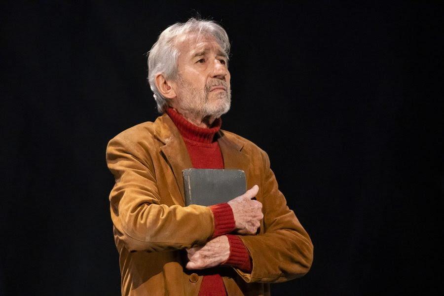 José Sacristán arriba amb 'Señora de rojo sobre fondo gris'