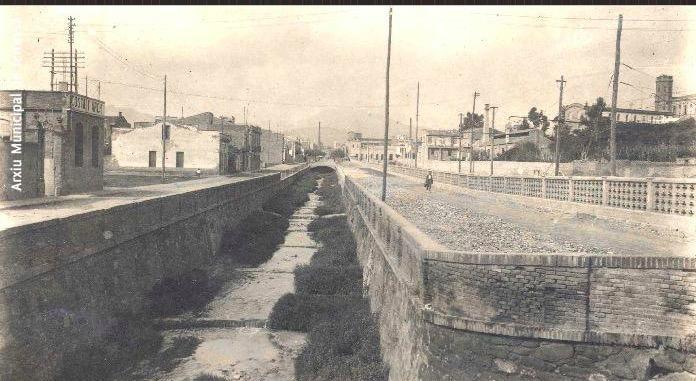 Riera del Palau, any 1923. Autor Desconegut. Fons Ragon - AMAT