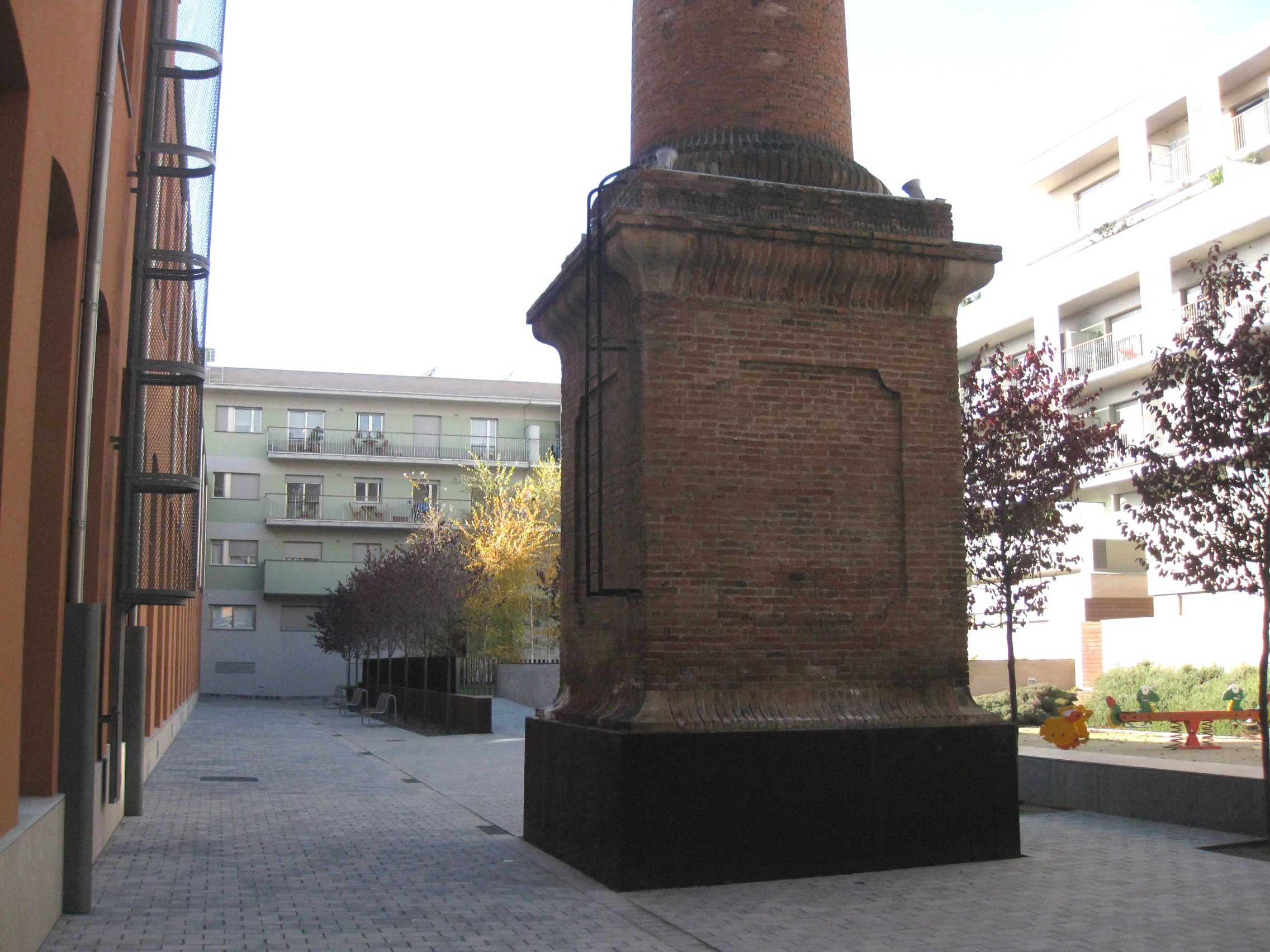 Xemeneia Pont Aurell i Armengol | Wikipedia