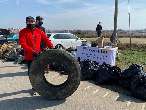 Brigada ciutadana per neteja de deixalles la zona natural de Terrassa | InGrowth