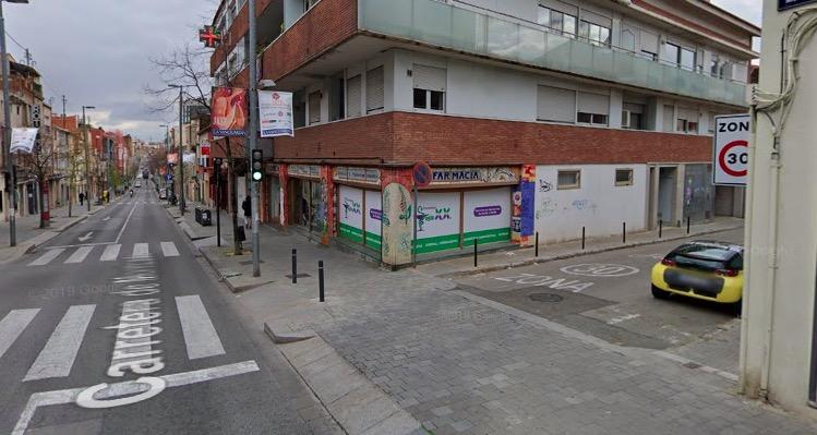 Carretera Montcada amb passatge Pere Comerma