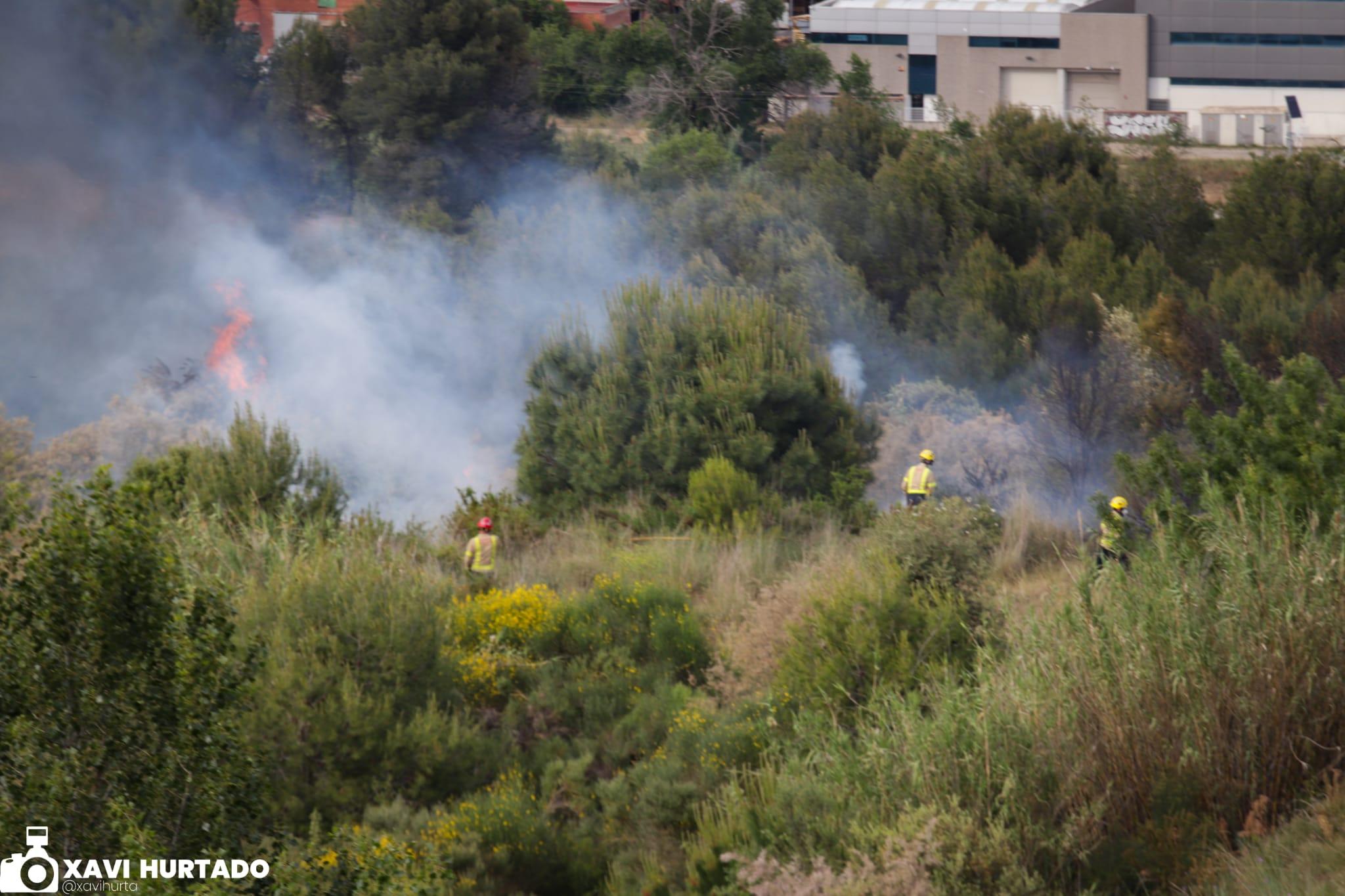 Incendi forestal al camí de Sant Muç | Xavi Hurtado