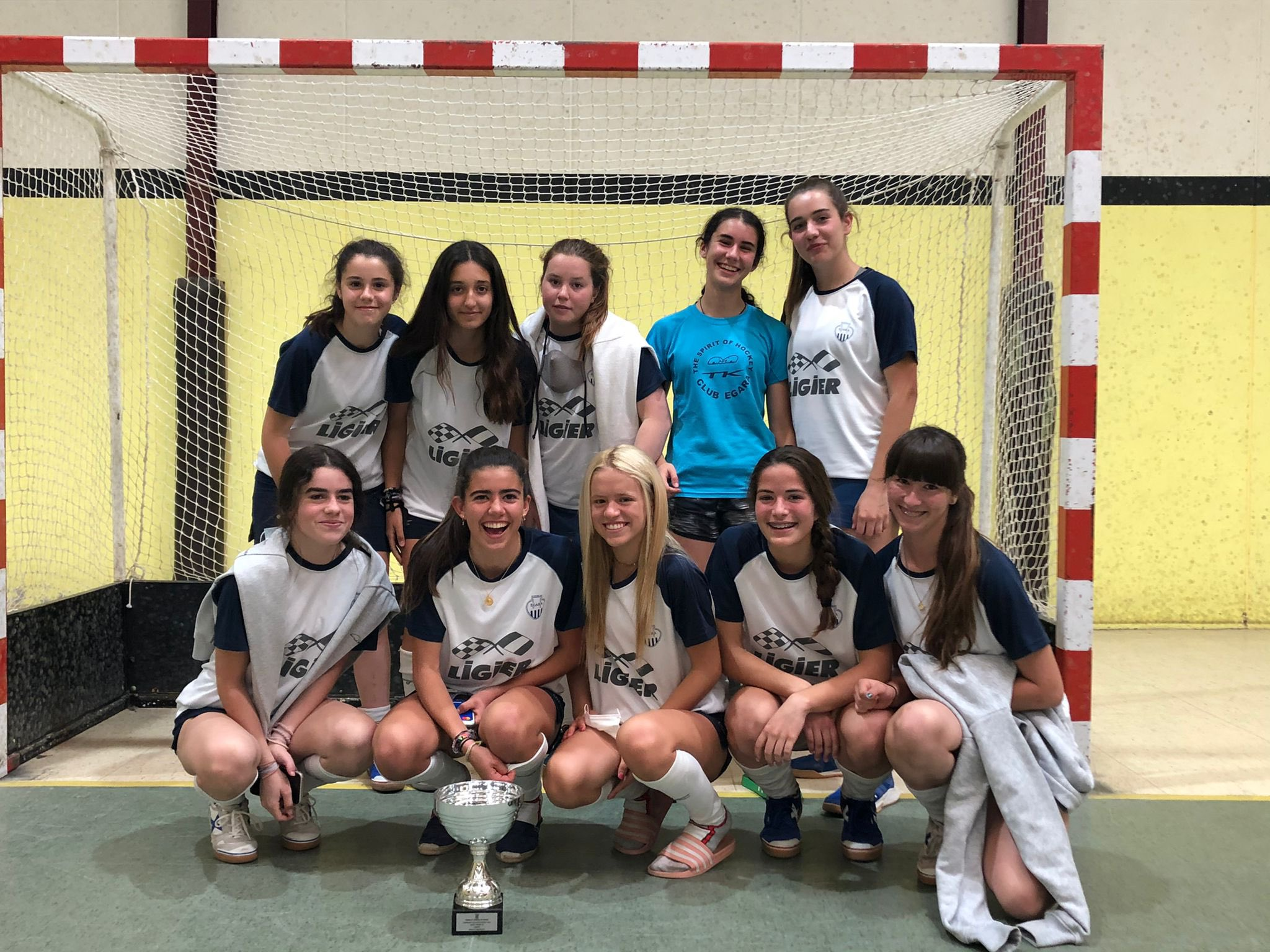 Les campiones d'hoquei sala del Club Egara | FC Hockey