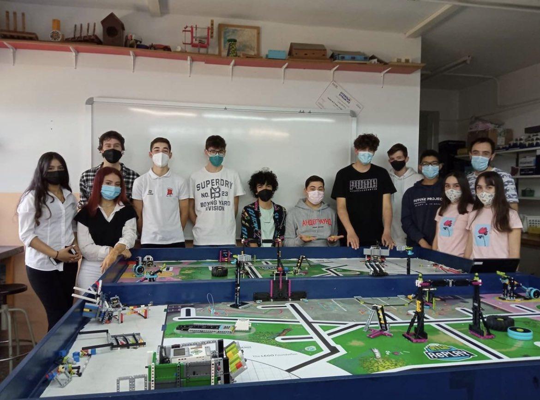 Estudiants de Can Jofresa participen a la First Lego League   Cedida