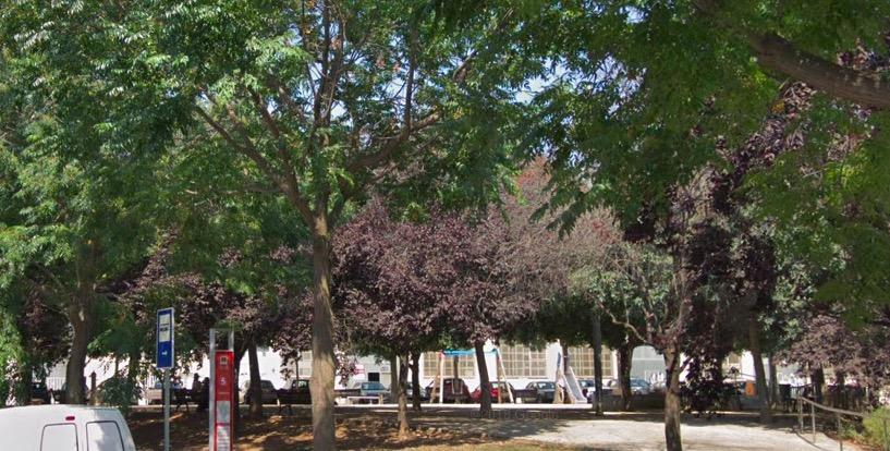 Plaça Rosalia de Castro, a la Cogullada