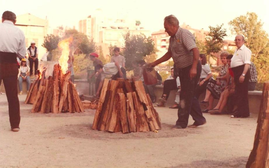 Els cinc focs de Sant Pere / Joaquim Creus