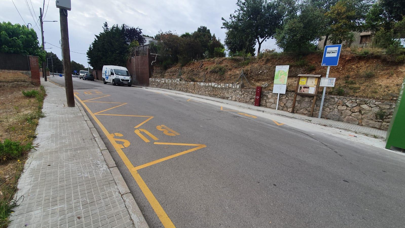Nova parada d'autobús a Ca n'Amat d'Ullastrell   Aj. Ullastrell