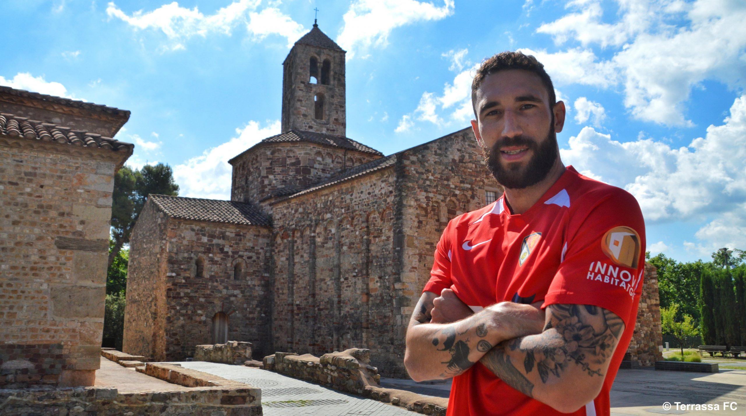El defensa Ramón Marimón, primer fitxatge del Terrassa FC