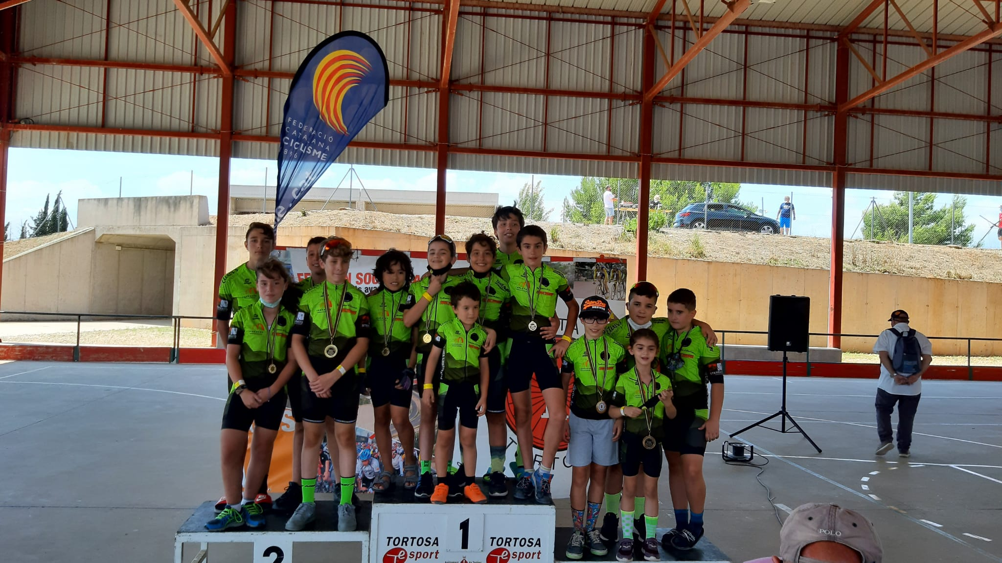 Els participants de l'escola Ciclisme Vallès