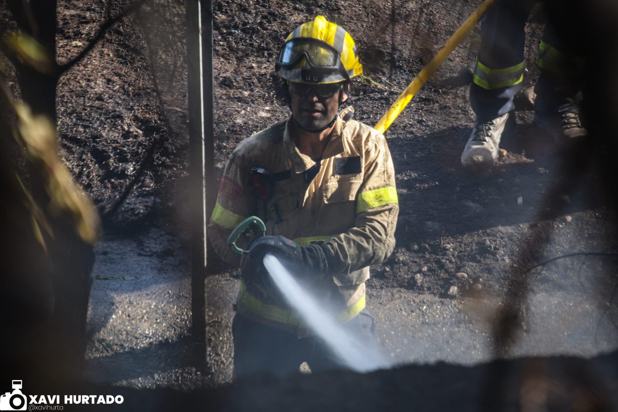 Incendi a tocar del parc de la Cogullada de Terrassa | Xavi Hurtado