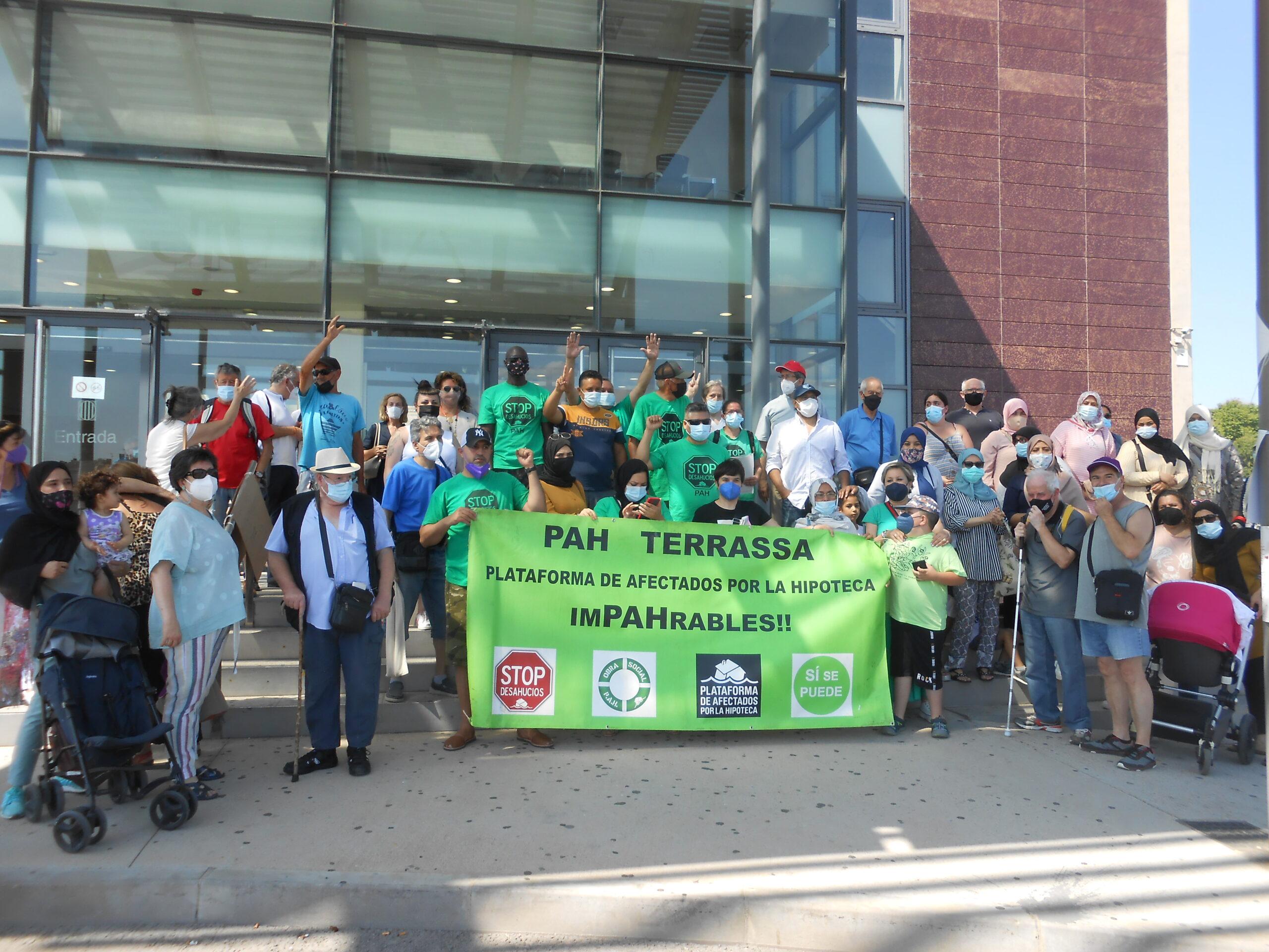 La PAH denuncia incompliment de la moratòria estatal de desnonaments per part d'alguns jutjats de Terrassa/Laura Gómez