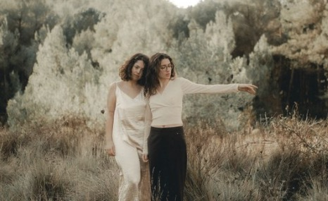 El duet femení, Itzipa