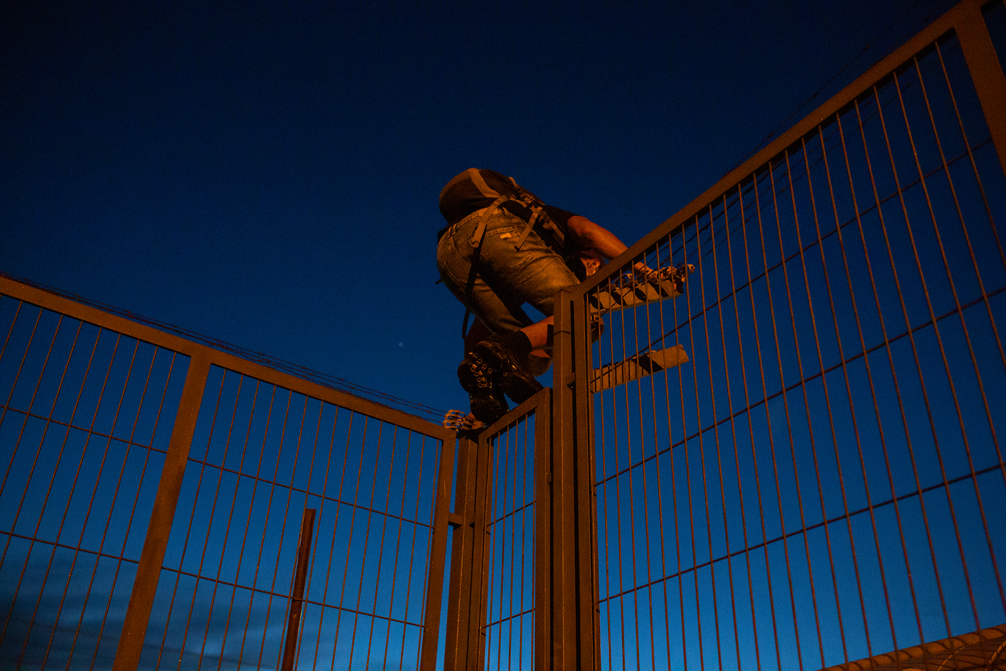reportatge Atrapats sobre un grup de joves migrants en situació irregular que ha quedat finalista al I premi de Fotoperiodisme Héctor Zampaglione/Mireia Comas