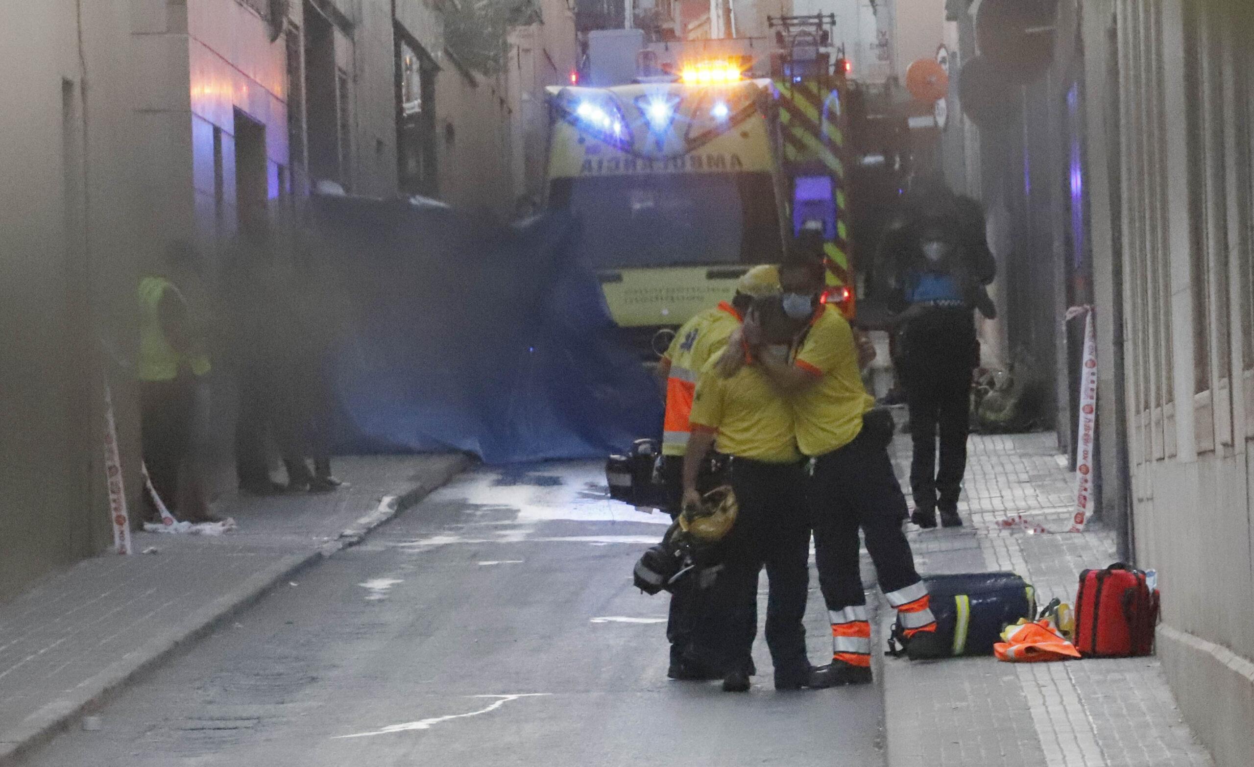 La imatge dels serveis sanitaris parla per si mateixa de la tragèdia