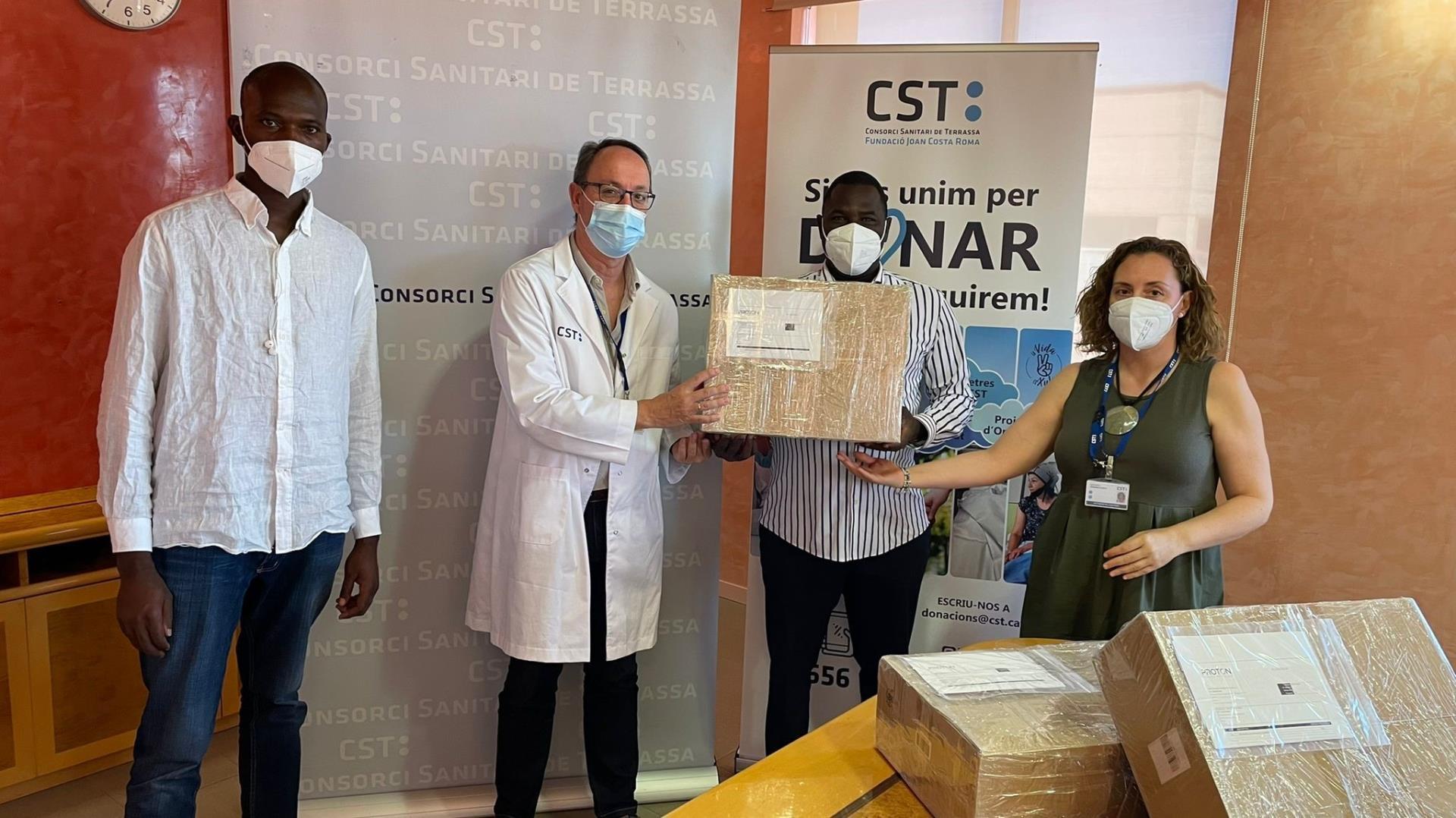 Lliurament dels duplicadors de respiradors    CST