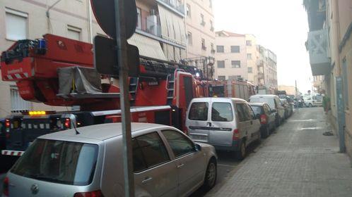 Actuació dels Bombers al carrer Germà Joaquim de Terrassa | Cedida
